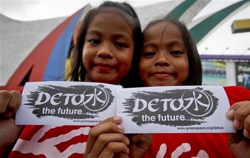 Greenpeace-Detox-email-header-7-26-11